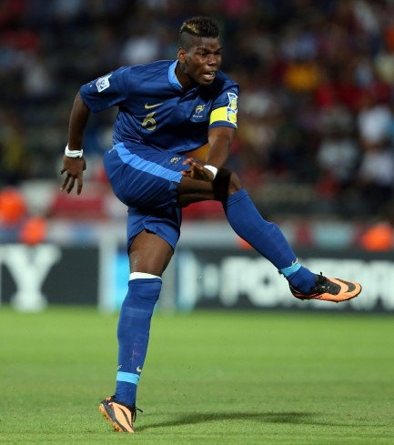 meilleur-joueur-et-vainqueur-de-la-coupe-du-monde-avec-les-bleus-paul-pogba-est-en-pas-douter-un-des-plus-grands-espoirs-du-football-francais-wide-1163412322